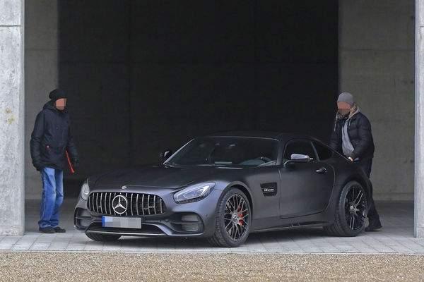 Erlkoenig-Mercedes-AMG-GT-C-MobileRelaunch_600x400-3544937c-996406