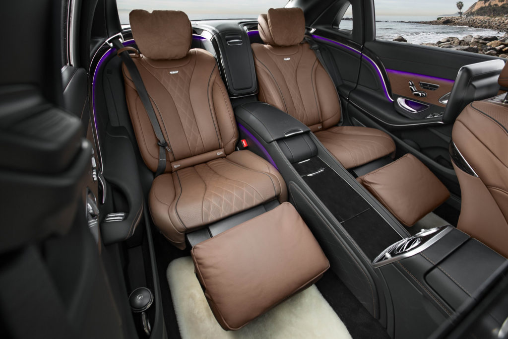 2016-Mercedes-Maybach-S600-rear-interior-seats