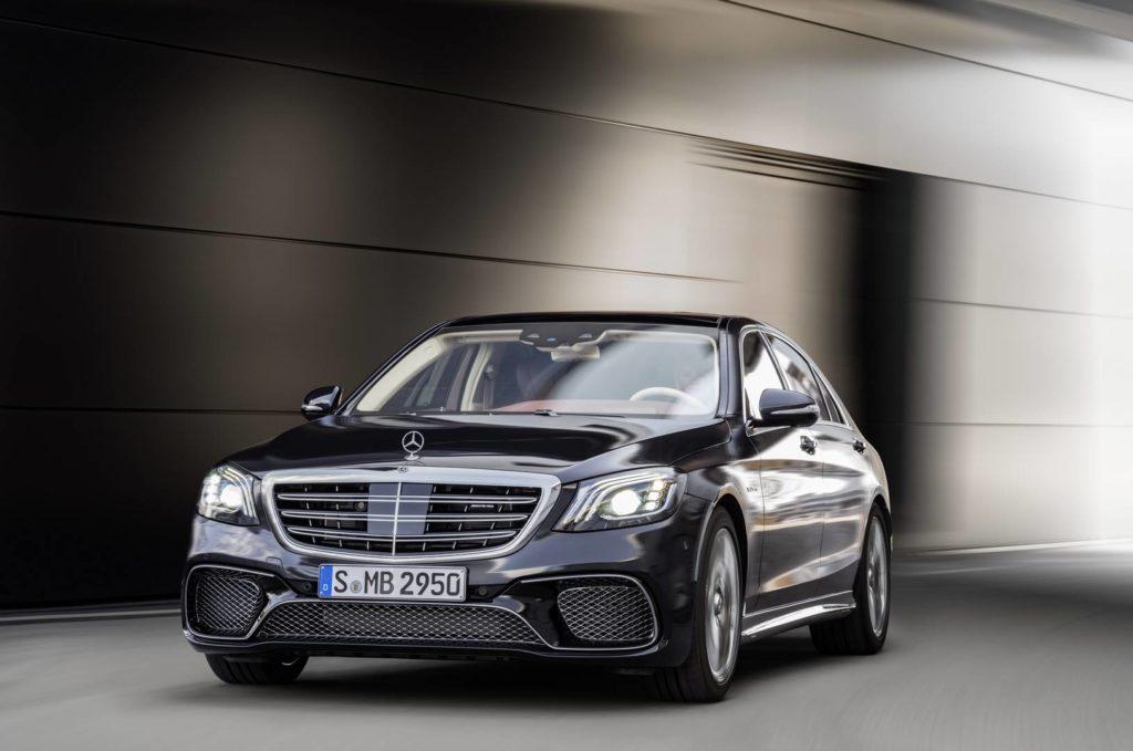 Mercedes-AMG S 65, anthrazitblau // Mercedes-AMG S 65, anthracite blue Kraftstoffverbrauch kombiniert: 11,9 l/100 km, CO2-Emissionen kombiniert: 279 g/km // Fuel consumption combined: 11,9 l/100 km; Combined CO2 emissions: 279 g/km