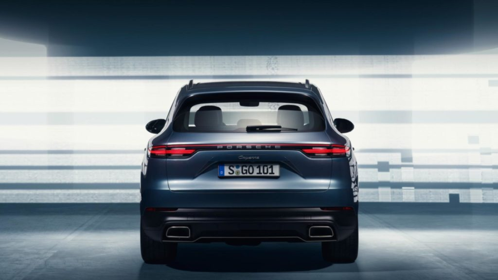 2018-porsche-cayenne-leaked-official-image-3