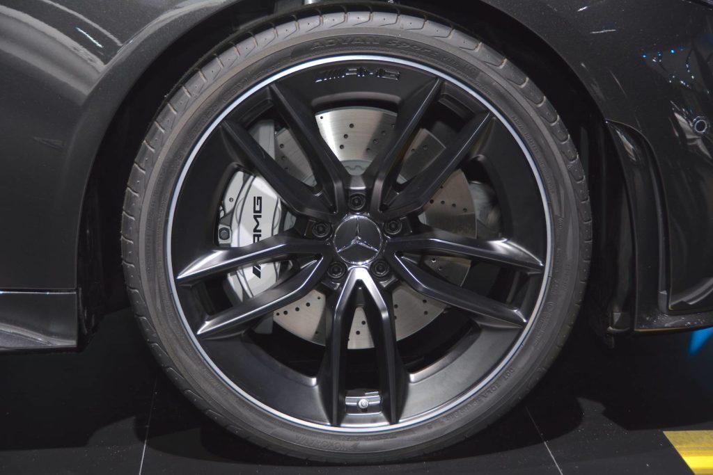 Mercedes-AMG-CLS-53-26