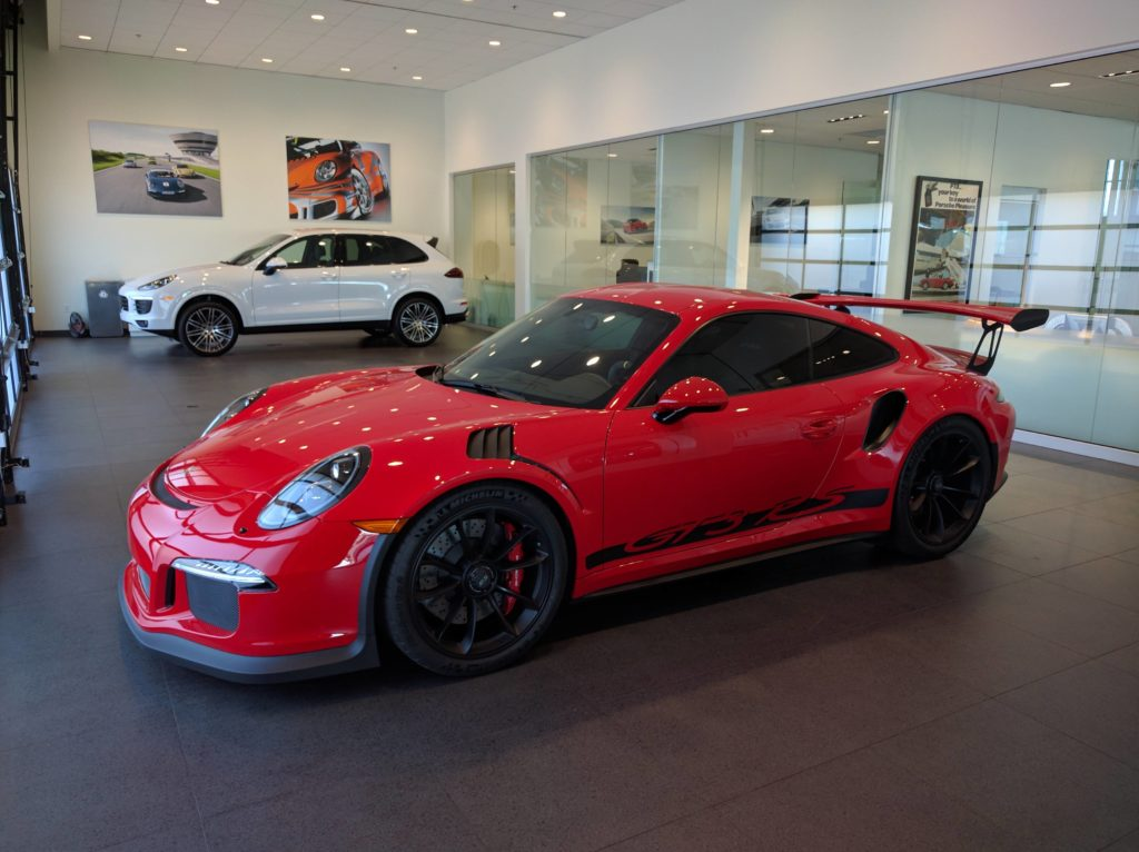 porsche-911-gt3-rs-pdk-gets-ferrari-rosso-corsa-paint-there-are-two-in-the-us-111381_1