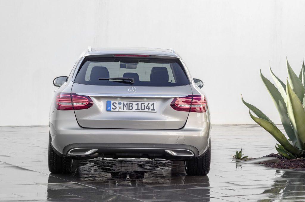 Mercedes-Benz C-Klasse T-Modell Exclusive, Exterieur: mojavesilber, Interieur: Leder magma/espresso //  Mercedes-Benz C-Class Estate Exclusive, exterior: mojave silver, interior: leather magma/espresso