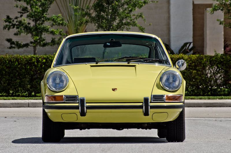 1971-Porsche-911S-Coupe-Front
