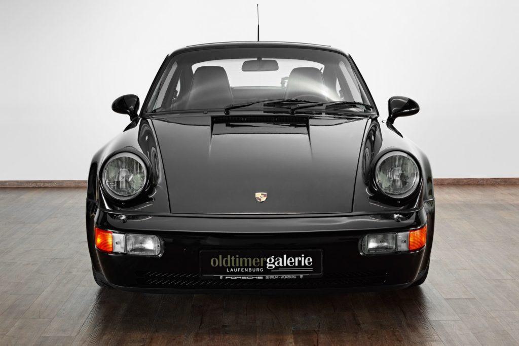 porsche-911-schwarz-front