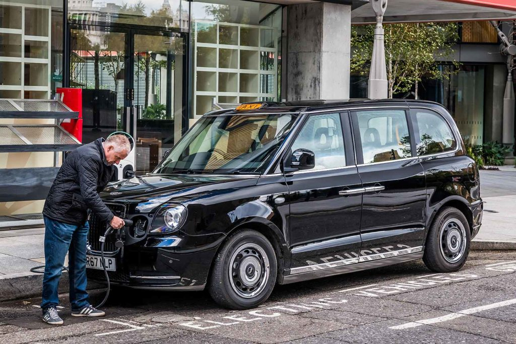 LEVC_TX_eCity_London_Taxi_03