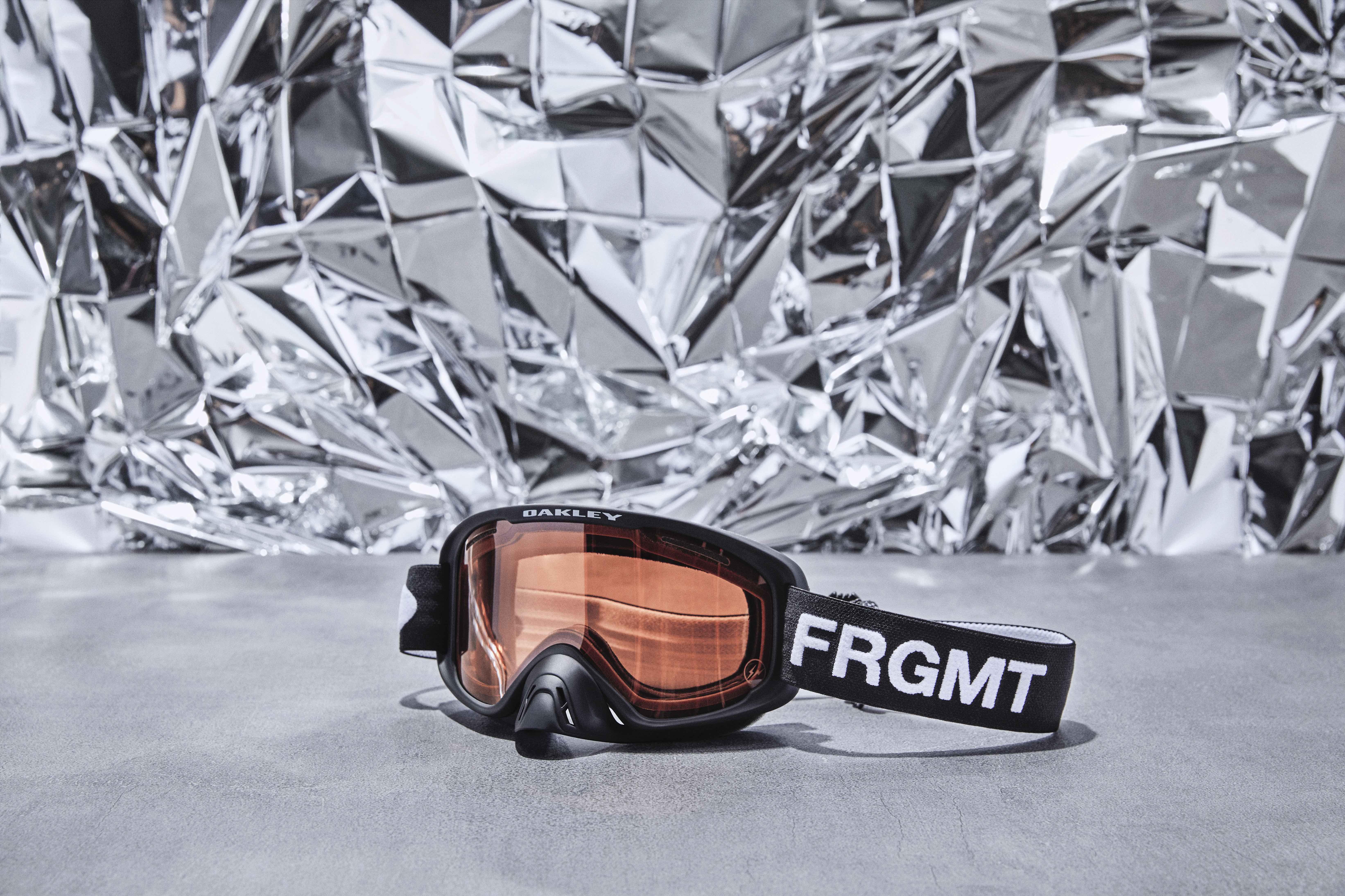 Oakley Fragment20201027_03