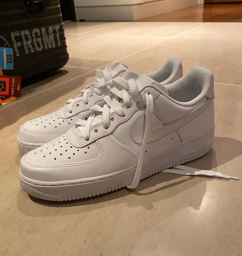 whiteshoes_20201117_02